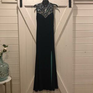 Gorgeous NWT prom dress